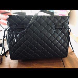 NEW! Black quilted shoulder bag!